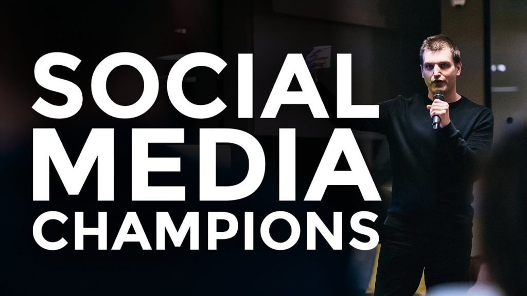 Social media marketing strategy for corporations 2019 | Tim Queen